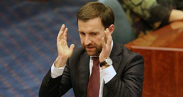 Власта го надитри ВМРО-ДПМНЕ за да ја формира ДИК без гласовите на опозицијата