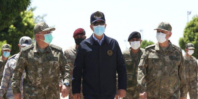 Авион ПРИНУДНО СЛЕТА откако УДРИЛ во ПТИЦА – Во него патувале високи воени претставници и министерот за одбрана на Турција