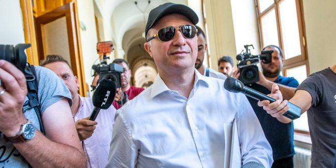 ГРУЕВСКИ станува БИЗНИСМЕН, регистрирал ФИРМА во Унгарија: Еве со ШТО ќе се занимава експремиерот